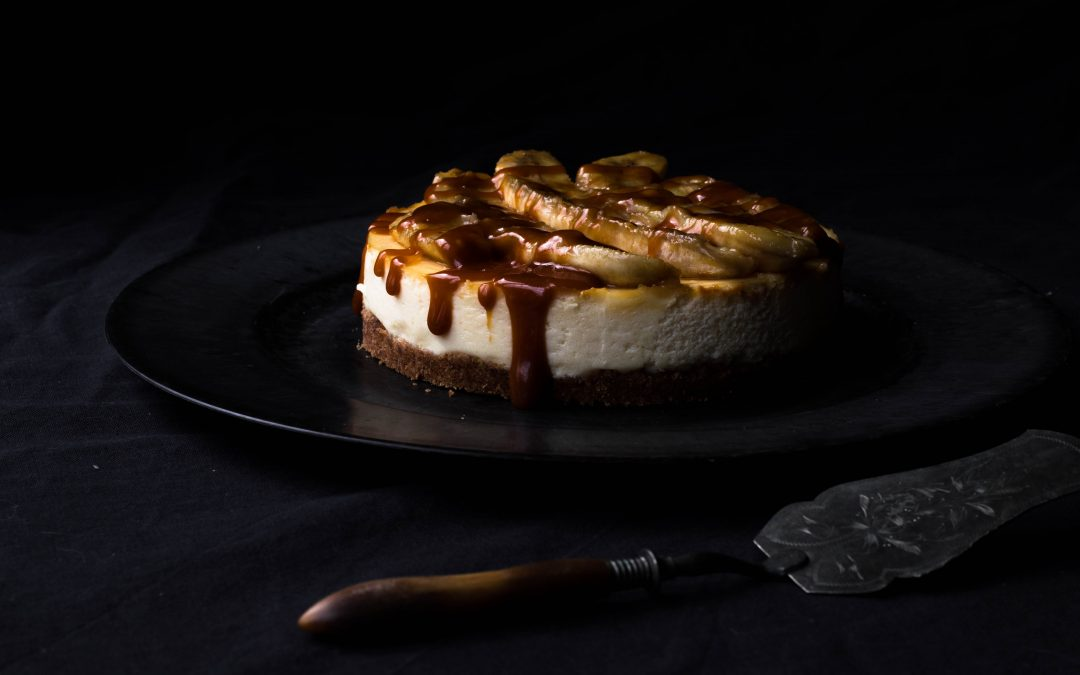 Ricotta cheesecake with carmelized bananas